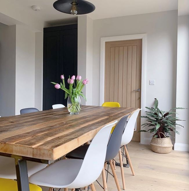 Quickstep Classic Reclaimed White Patina Oak - Photo by life.at.no28