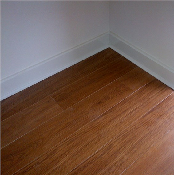 Quickstep Perspective Dark Varnished Oak Uf918 Laminate