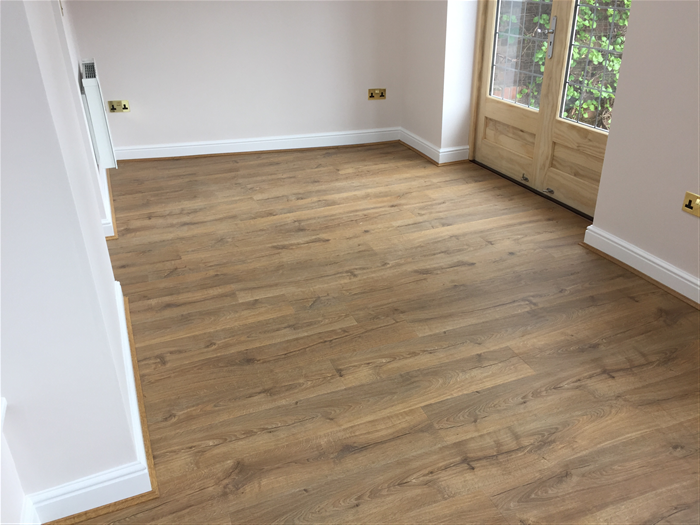 quickstep impressive classic oak natural im1848 laminate flooring. Black Bedroom Furniture Sets. Home Design Ideas