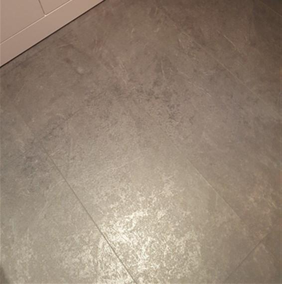 Kronospan stone impression mustang slate laminate flooring for Kronospan laminate flooring