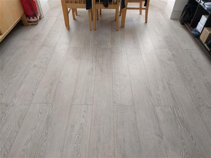 Rustic Oak Lpu1396 Laminate Flooring 0 Finance Terms Apply