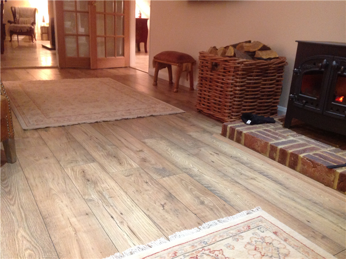 Quickstep Perspective Reclaimed Chestnut Natural Ufw1541 Laminate