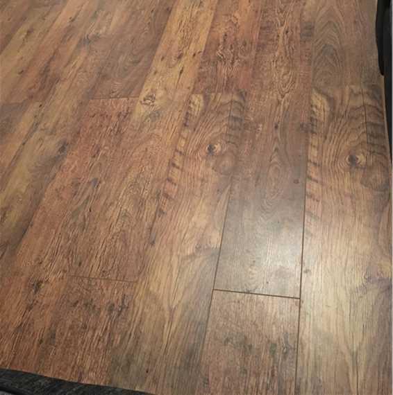 Kronospan vario plus antique oak laminate flooring for Kronospan laminate flooring