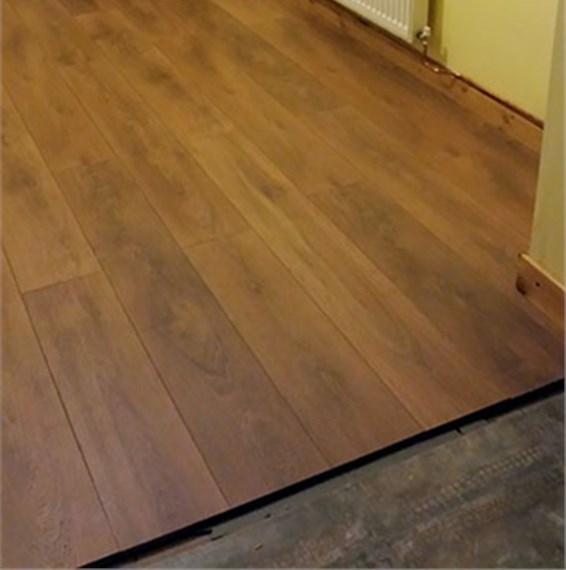 Kronospan supernatural 12mm harlech oak laminate flooring for Kronospan laminate flooring