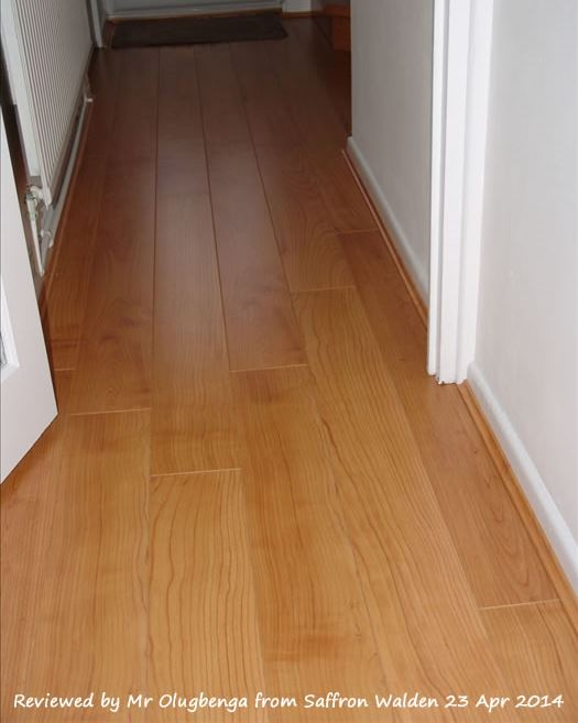 Quickstep Perspective Natural Varnished Cherry UF864 Laminate Flooring