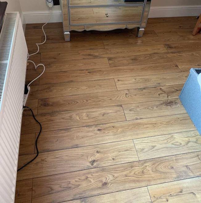 Quickstep Elite Old White Oak Natural UE1493 Laminate Flooring