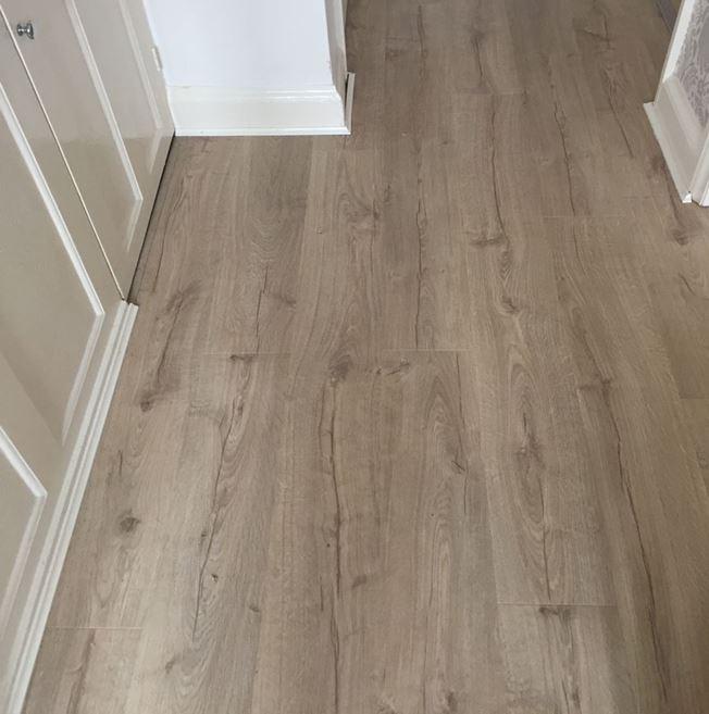 Quickstep Impressive Classic Oak Beige IM1847 Laminate Flooring