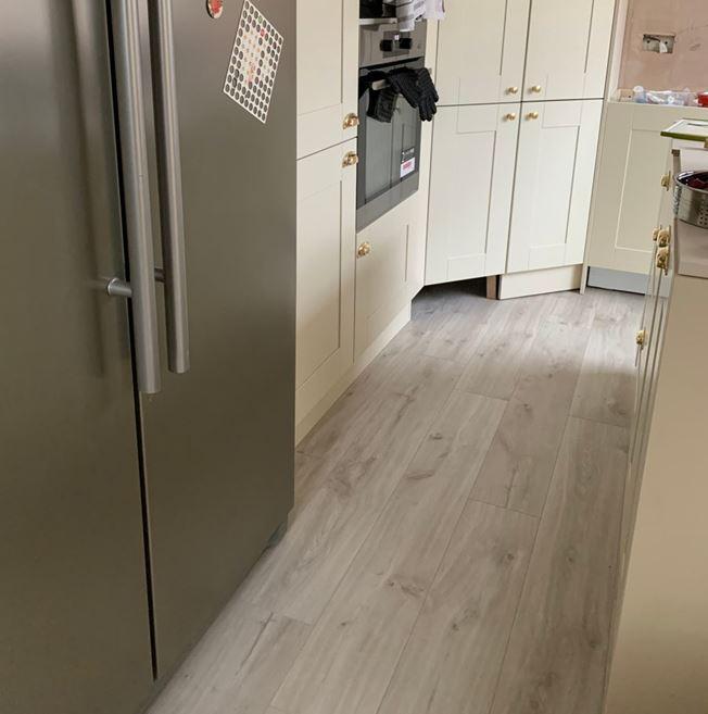 Quickstep Livyn Balance Canyon Oak Beige Vinyl Flooring