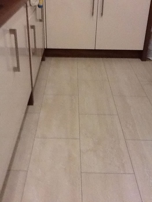 Top 28 travertine flooring reviews travertine tile for Laminate flooring reviews