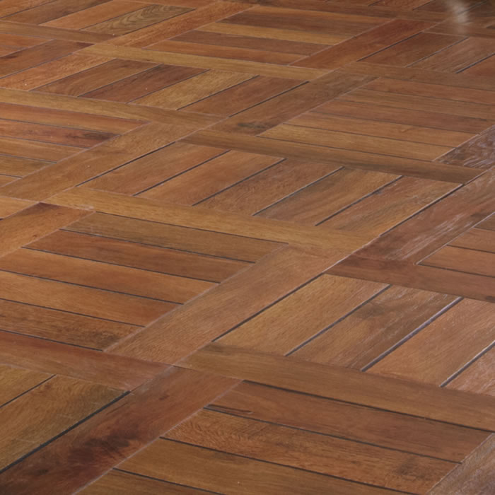 Favori Karndean Art Select Russet Oak Parquet DB98
