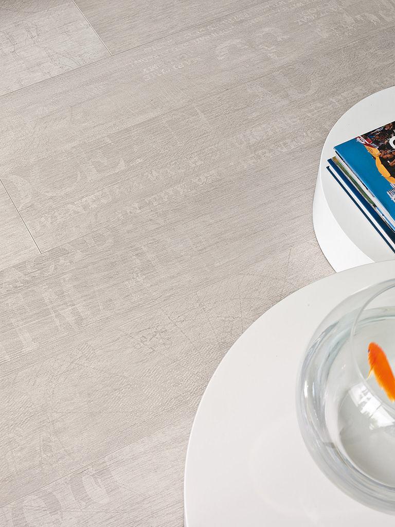 Quickstep largo pacific oak planks lpu1507 laminate flooring for Quickstep flooring uk
