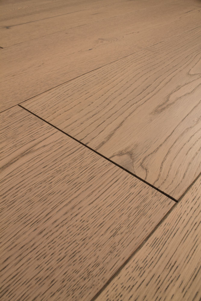 Natura by kahrs light grey oak salisbury engineered wood for Wood flooring supplies