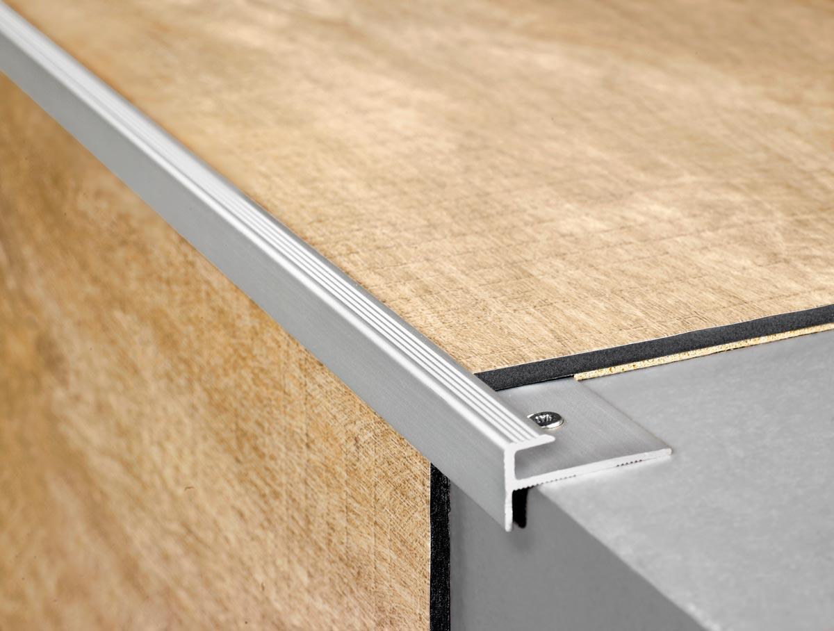 quickstep livyn balance canyon oak light brown saw cuts bacl40031 vinyl flooring. Black Bedroom Furniture Sets. Home Design Ideas