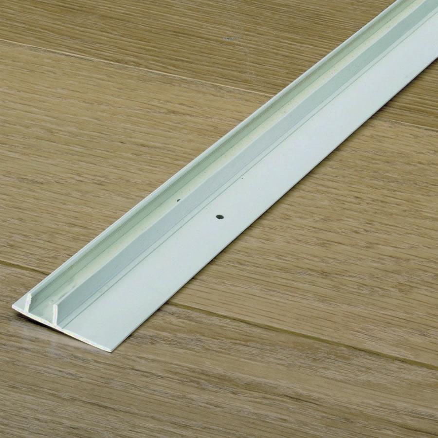 Quickstep parquet skirting track for Uniclic laminate flooring