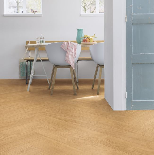 Quickstep Livyn Balance Select Oak Natural Vinyl Flooring