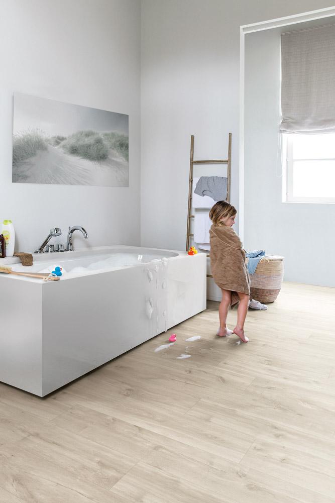quickstep livyn balance canyon oak beige bacl40038 vinyl flooring. Black Bedroom Furniture Sets. Home Design Ideas