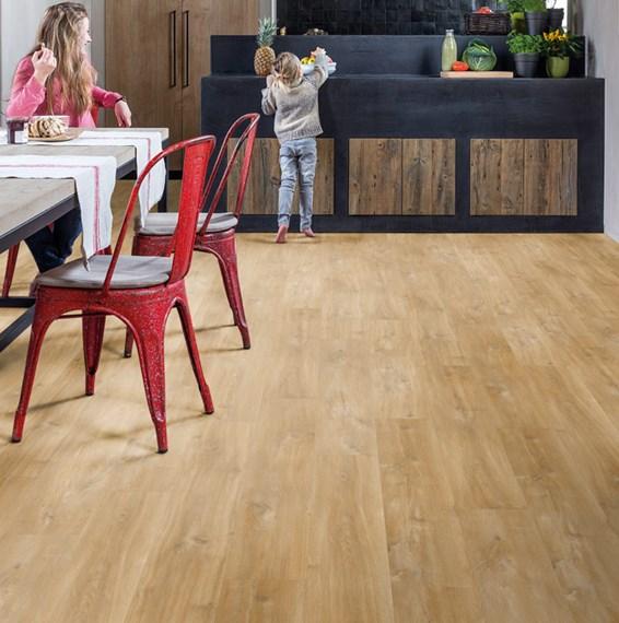 Hardwood Flooring Suppliers Michigan: Quickstep Livyn Balance Canyon Oak Natural BACL40039 Vinyl