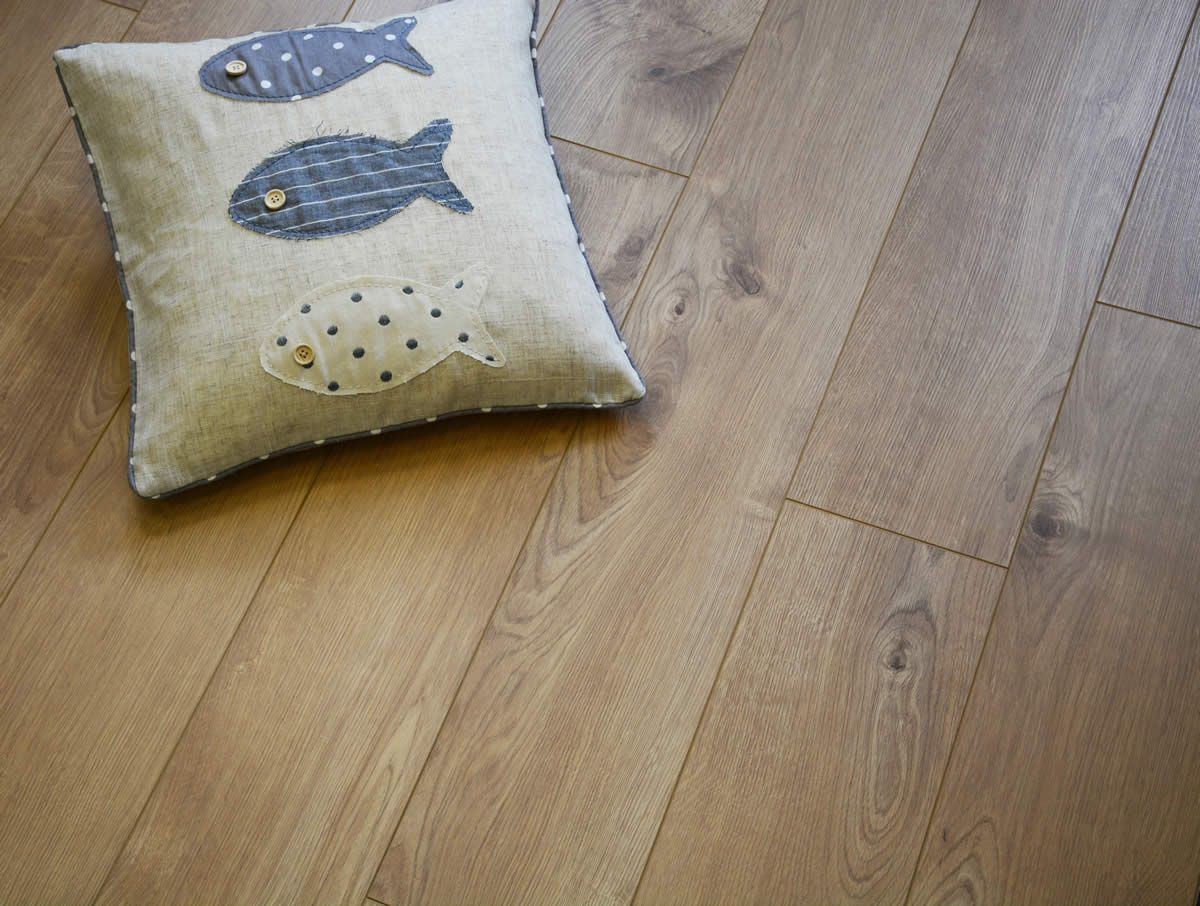 Kronospan Vario Plus Sherwood Oak Laminate Flooring
