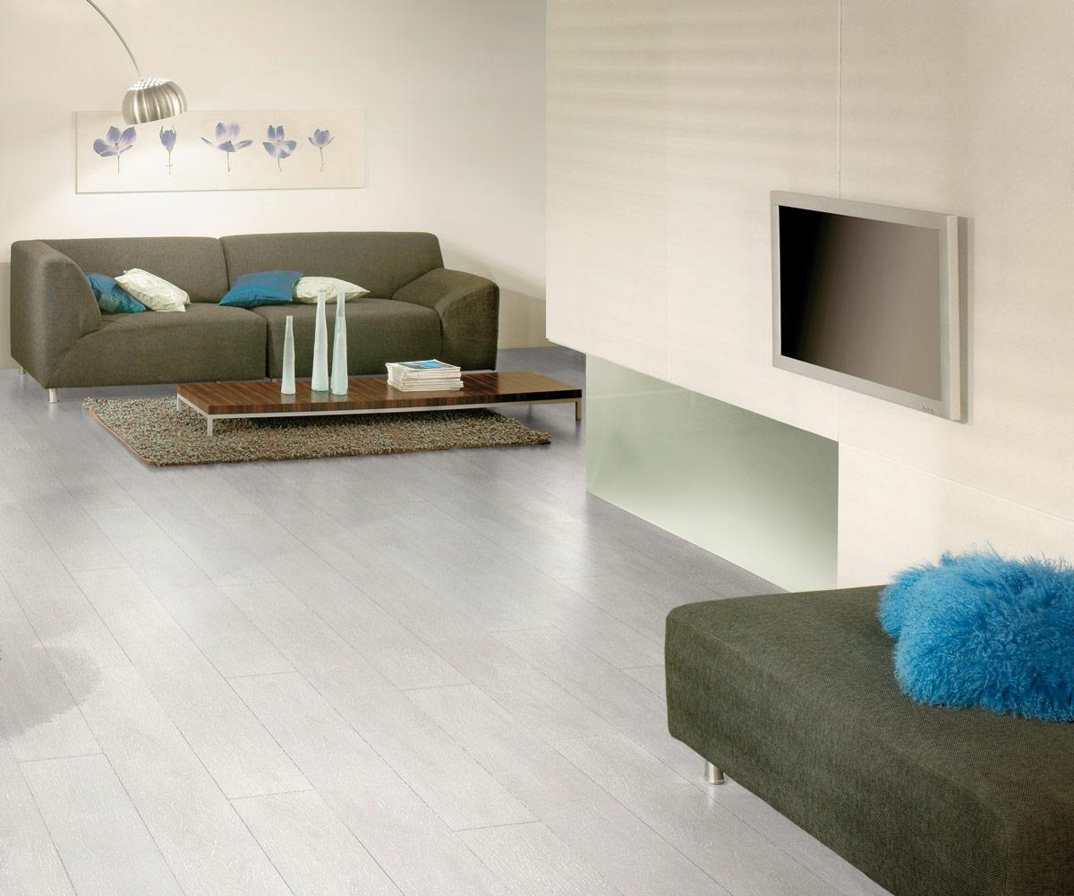 Kronospan Supernatural 12mm Aspen Oak Laminate Flooring