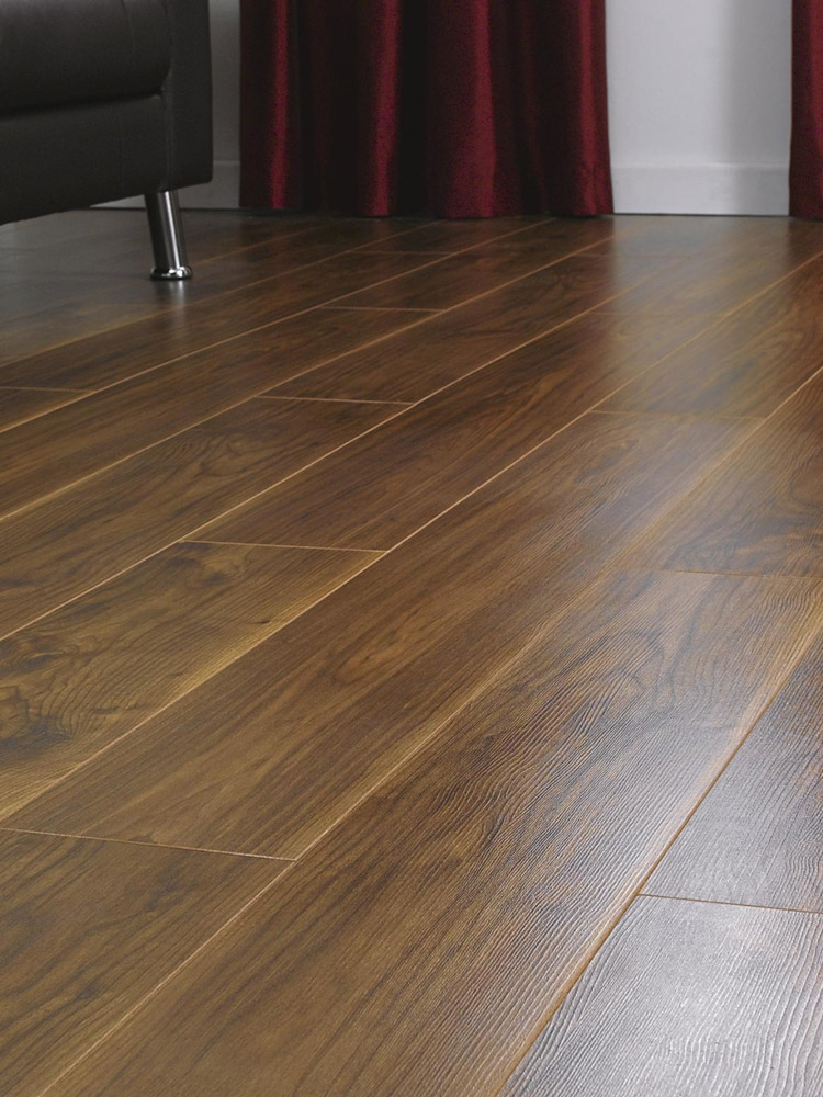 Kronospan vario virginia walnut laminate flooring for Floating laminate floor