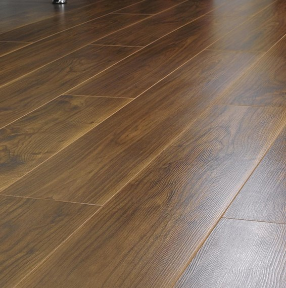 Kronospan vario 8mm virginia walnut laminate flooring for Kronospan laminate flooring