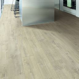 Quickstep Livyn BalanceVelvet Oak Brown Vinyl Flooring