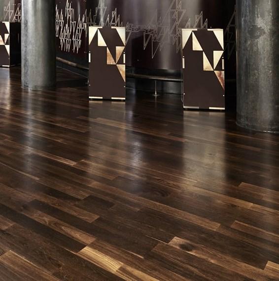 Junckers 14mm black oak variation solid wood flooring for Real solid wood flooring