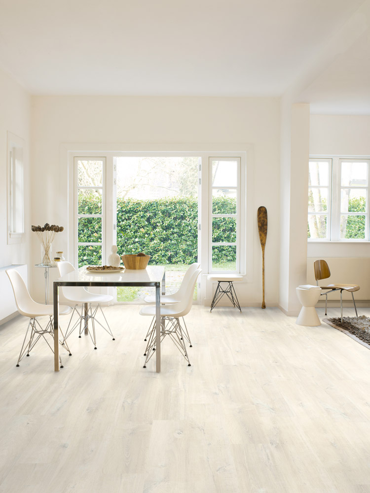 Quickstep creo charlotte oak white cr3178 laminate flooring for White laminate flooring