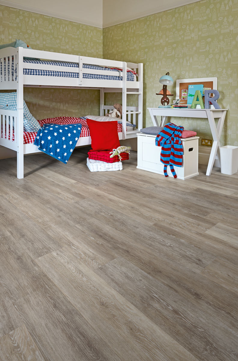 Polyflor camaro boathouse oak 2242 vinyl flooring for Flooring for child s bedroom