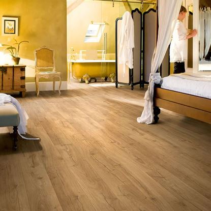 Quickstep Impressive Classic Oak Natural IM1848 Laminate Flooring