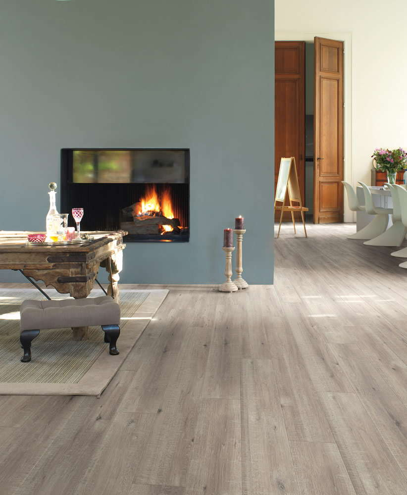 quickstep impressive sawcut oak grey im1858 laminate flooring. Black Bedroom Furniture Sets. Home Design Ideas