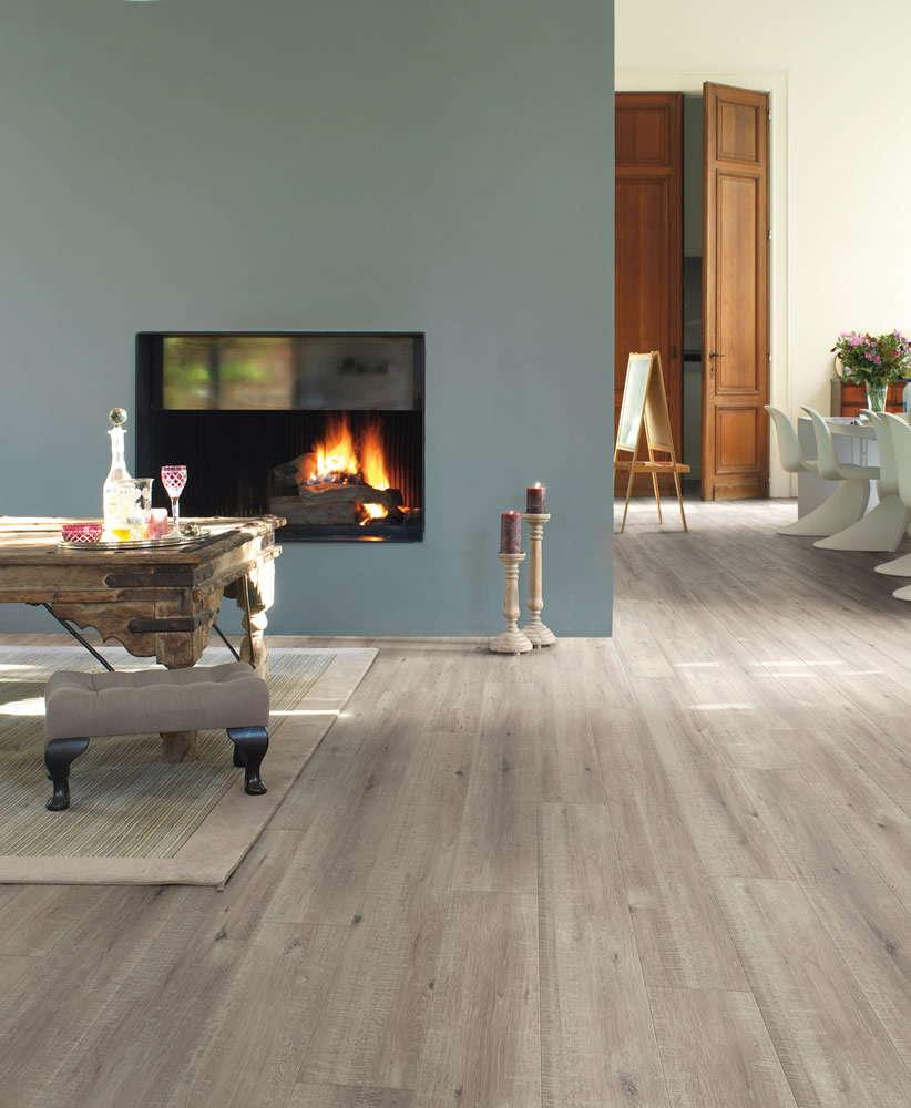 Quickstep impressive sawcut oak grey im1858 laminate flooring for Quickstep flooring