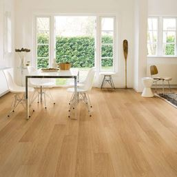 Quickstep Impressive Ultra Natural Varnished Oak IMU3106 Laminate Flooring