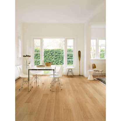 Quickstep Impressive Natural Varnished Oak