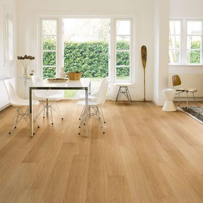 Quickstep Impressive Natural Varnished Oak IM3106 Laminate Flooring