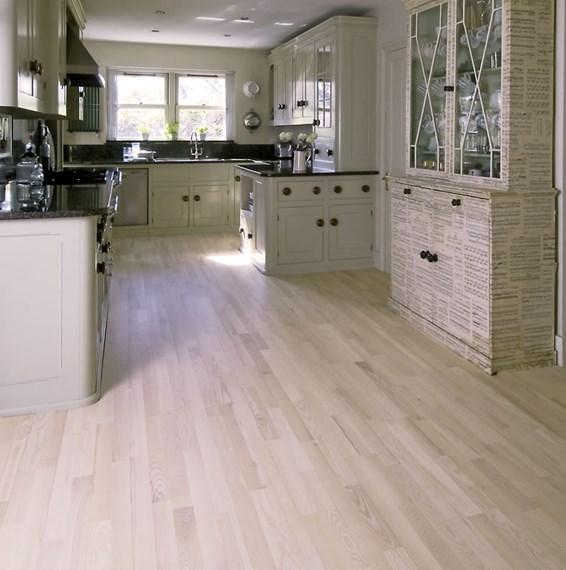Junckers 14mm nordic beech harmony solid beech flooring for Beech wood floors