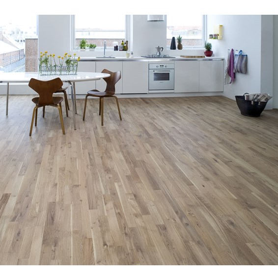 Junckers 14mm Nordic Oak Harmony Solid Oak Flooring