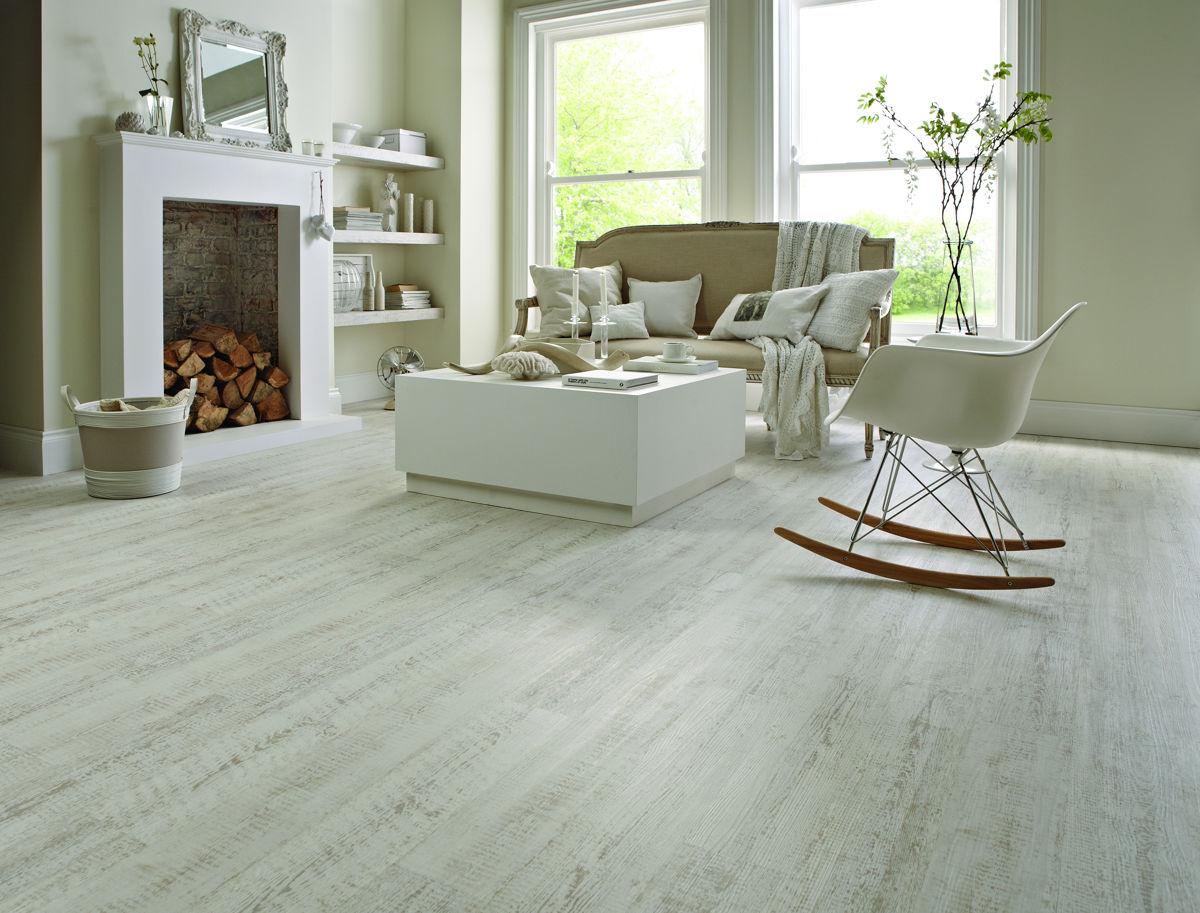Karndean knight tile white painted oak kp105 vinyl flooring for Oak effect vinyl floor tiles