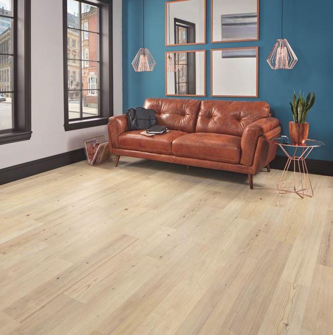 Karndean Knight Tile Natural Scandi Pine KP133 Vinyl Flooring