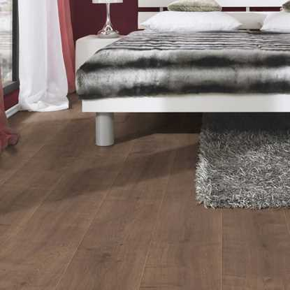 Kronospan Vario 8mm Kolberg Oak Laminate Flooring