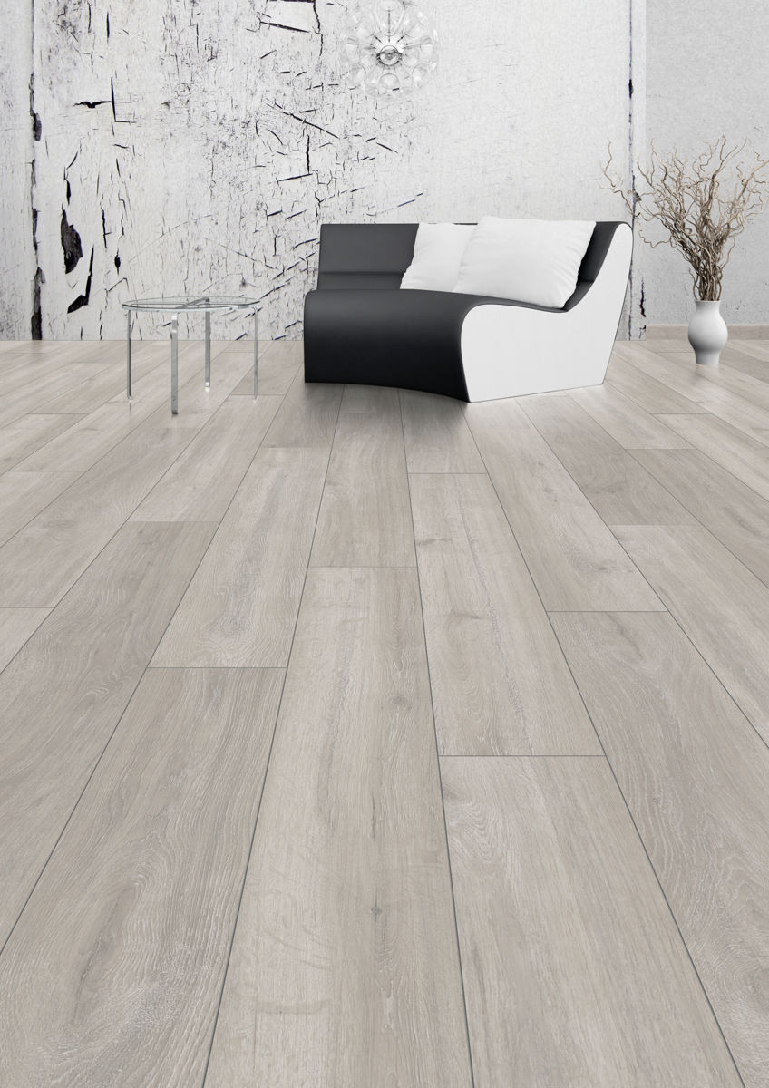 Kronospan vario plus rockford oak laminate flooring for Floating laminate floor