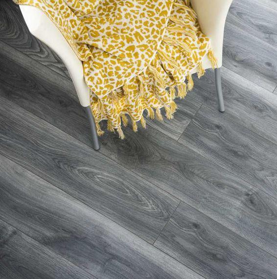 Kronospan Vario Tomahawk Oak, Dark Grey Laminate Flooring For Bathrooms