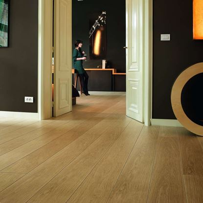 Quickstep Largo Natural Varnished Oak LPU1284 Laminate Flooring