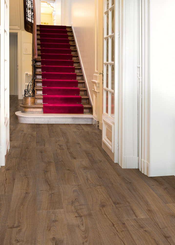 Quickstep largo cambridge oak dark lpu1664 laminate flooring for Quickstep flooring uk