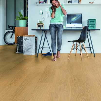 Quickstep Livyn Pulse Pure Oak Honey Vinyl Flooring