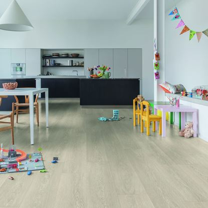 Quickstep Majestic Valley Oak Light Beige MJ3554 Laminate Flooring