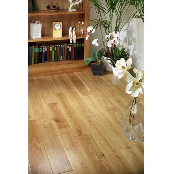 Natura 150mm Oak Lacquered Solid Wood Flooring