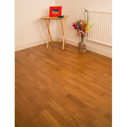 Natura Oak Queens Engineered Wood Flooring