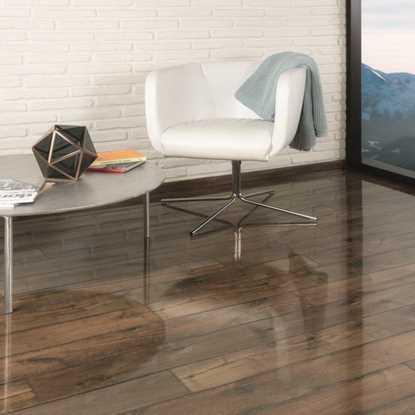 Kaindl Easy Touch Gloss Oak Posino Laminate Flooring