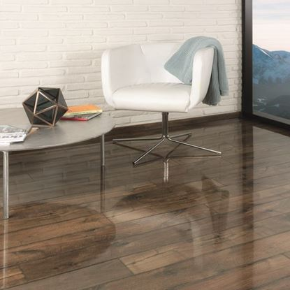 Kaindl Easy Touch Gloss Oak Posino Laminate Flooring